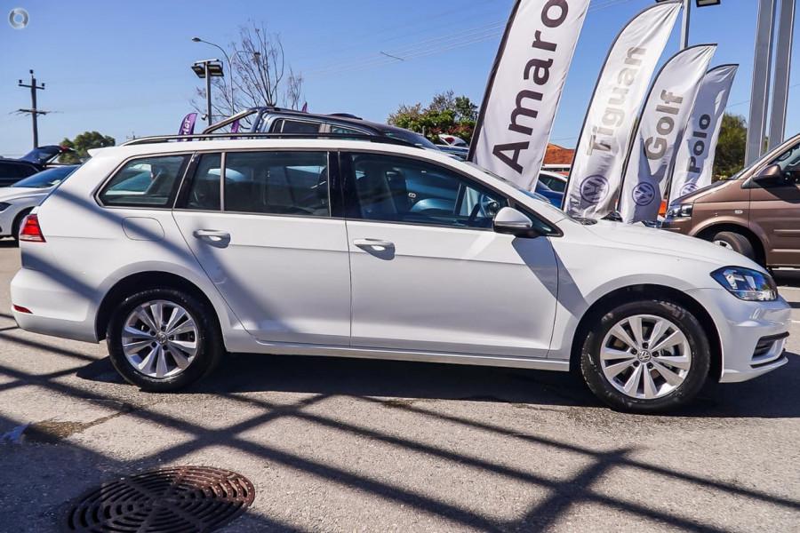 Demo 2018 Volkswagen Golf Wagon Hv5258 Brisbane Cricks
