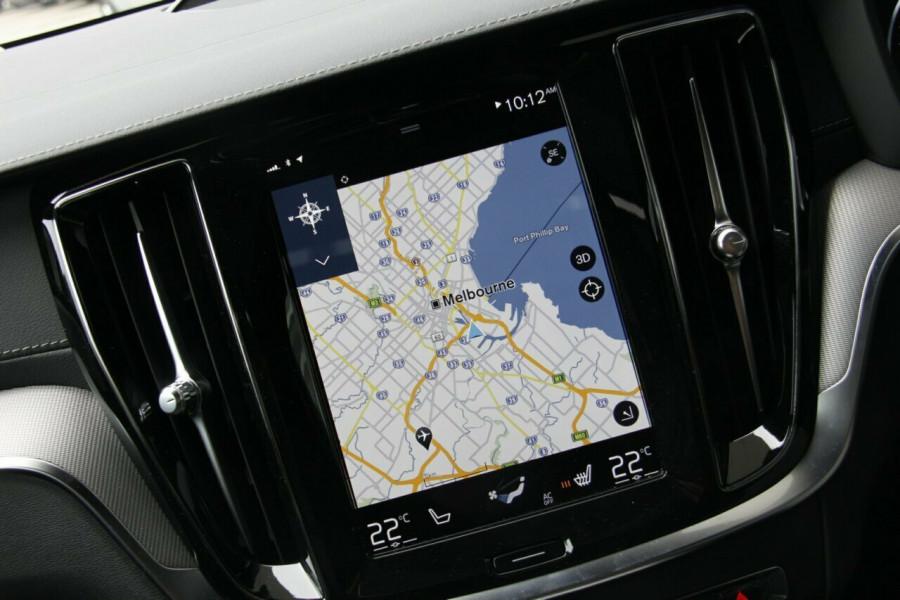 2019 MY20 Volvo V60 T5 R-Design T5 R-Design Sedan Mobile Image 13