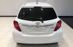 2016 Toyota Yaris NCP130R Ascent Hatchback Image 4