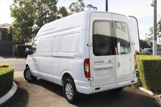 2018 MY21 LDV V80 LWB Mid Roof Van image 3