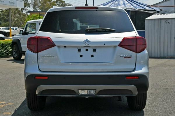 2021 Suzuki Vitara LY Series II GLX Suv image 3