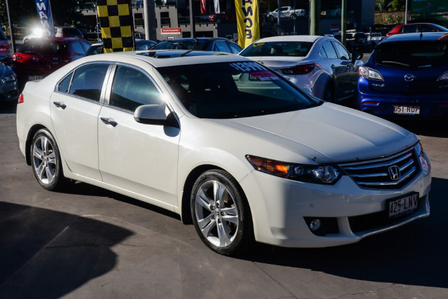 2009 Honda Accord Euro CU Luxury Sedan Image 5