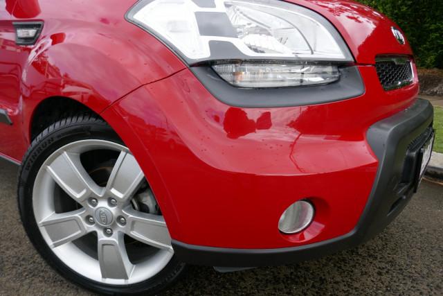 2010 Kia Soul AM  3 Hatchback Image 2