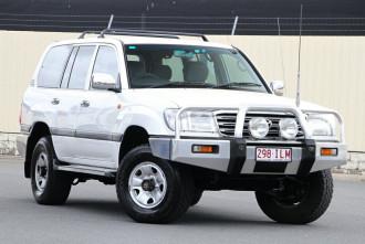 Toyota Landcruiser GXL UZJ100R