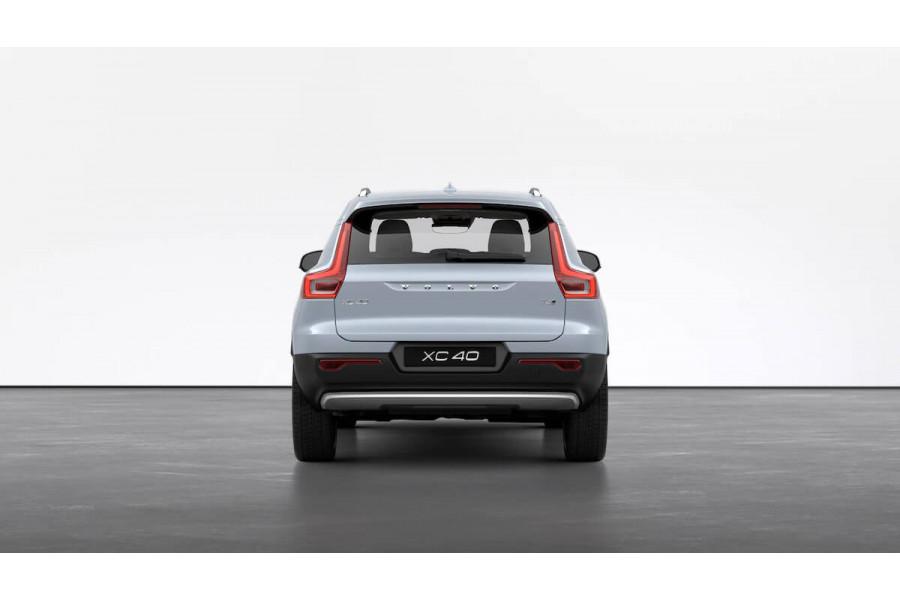 2021 MY22 Volvo XC40 T4 Inscription Suv