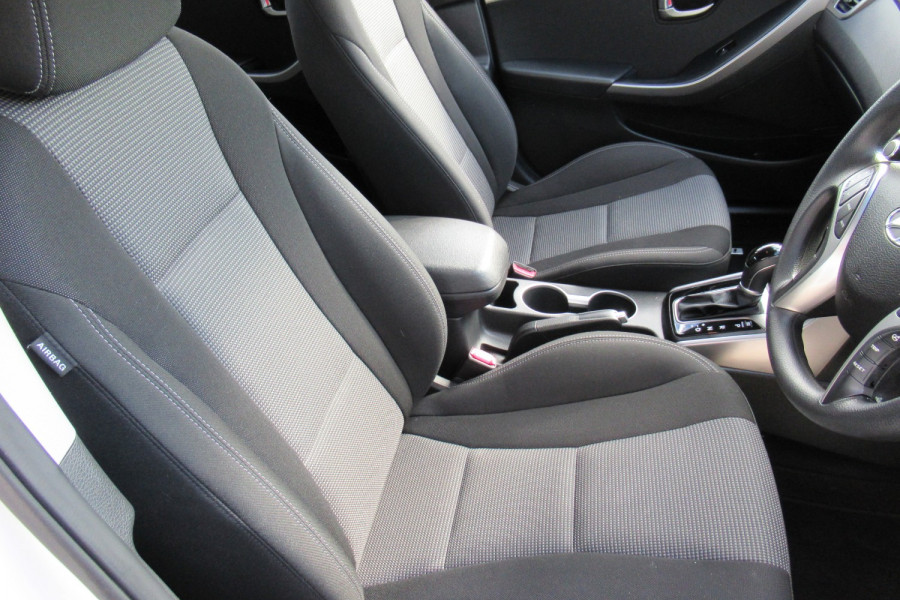 2016 MY17 Hyundai I30 GD4 SERIES II MY17 ACTIVE Hatch Image 12
