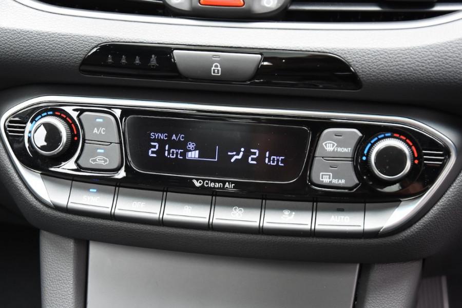 2019 Hyundai i30 PD2 Premium Hatchback Image 14