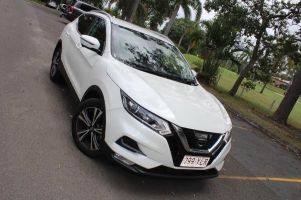 Nissan QASHQAI 2 J1