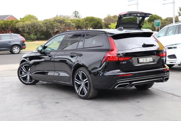 2020 Volvo V60 F-Series T5 R-Design Wagon Image 3