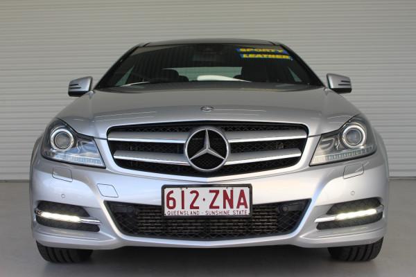 2012 Mercedes-Benz C-class C204 C180 BLUEEFFICIENCY Coupe Image 3