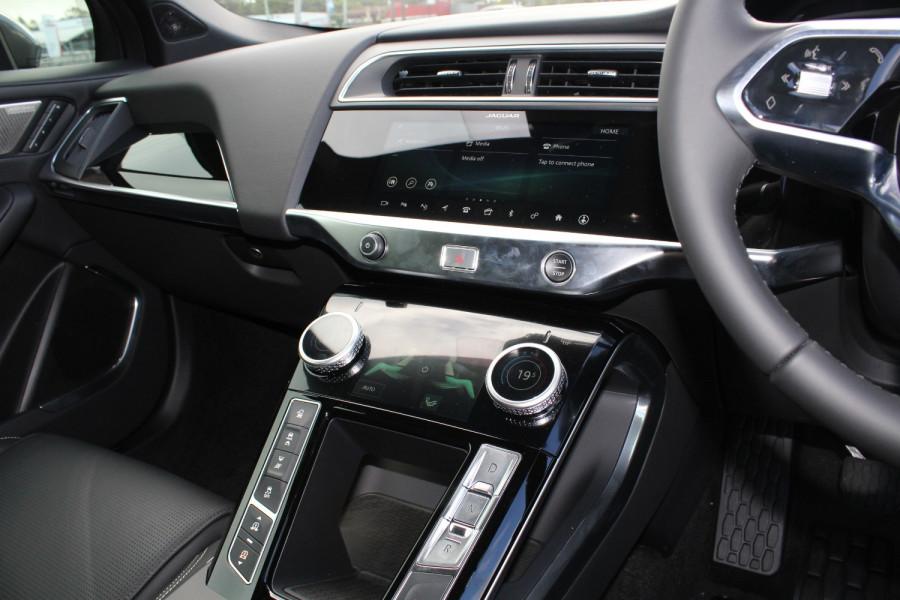 2009 MY20 Jaguar I-PACE X590 SE Hatchback Image 13