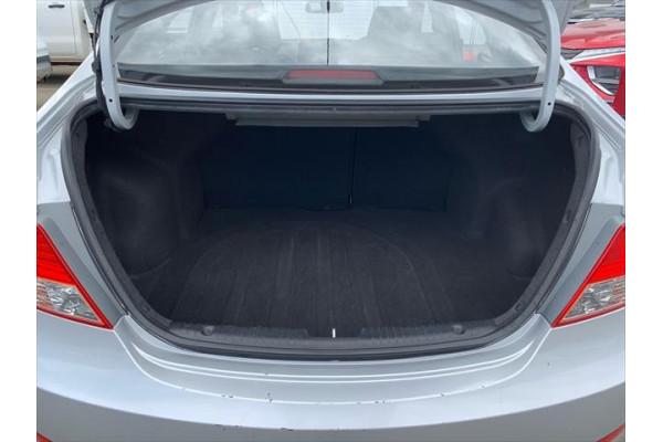 2013 MY15 Hyundai Accent RB2  Active Sedan Image 5