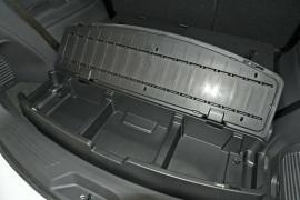 2020 MY19 Isuzu UTE MU-X LS-M 4x2 Wagon Mobile Image 15