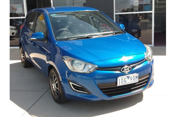 2013 Hyundai I20 Image 2