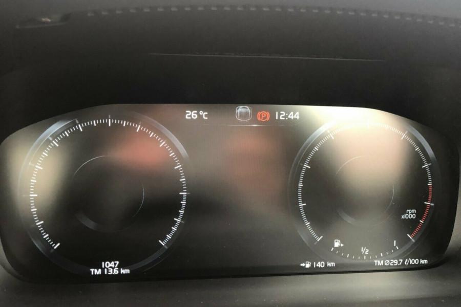 2019 MY20 Volvo S60 Z Series T5 R-Design Sedan Mobile Image 20