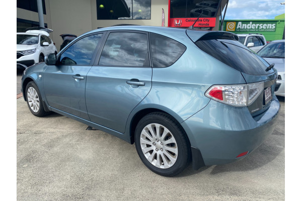 2011 Subaru Impreza G3  R Special Ed Hatchback Image 3