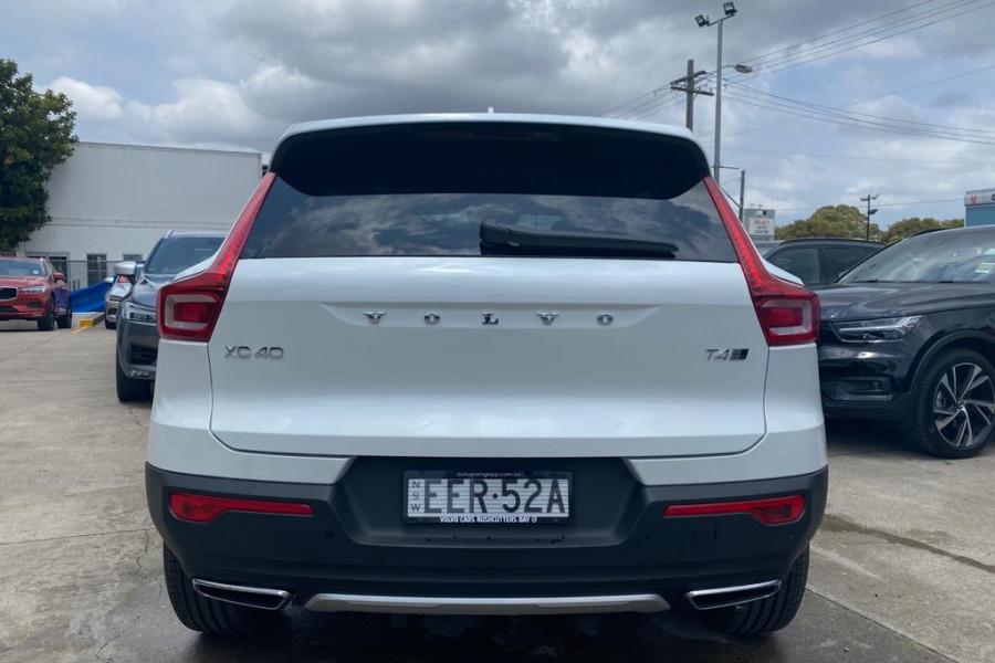 2020 Volvo XC40 XZ T4 Inscription Suv Mobile Image 15