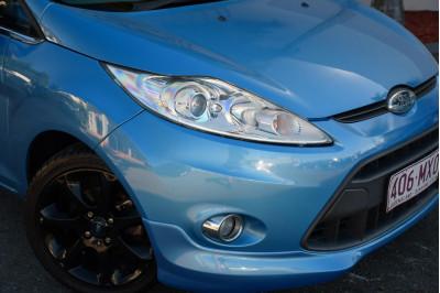 2010 Ford Fiesta WS Zetec Hatchback Image 3