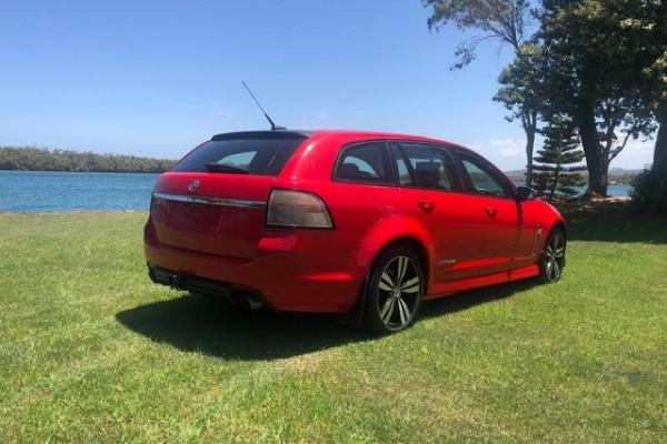 2015 Holden Commodore VF MY15 SV6 Wagon Image 4