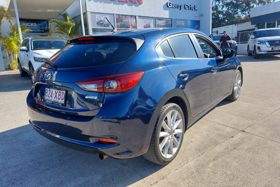 2015 Mazda 3 SP25 Image 5