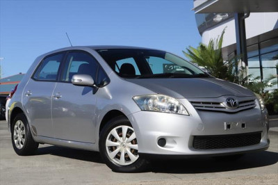 2010 Toyota Corolla ZRE152R MY11 Ascent Hatchback Image 2
