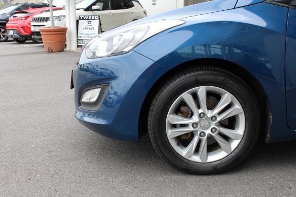 2014 Hyundai i30 GD2 Trophy Hatchback Image 3