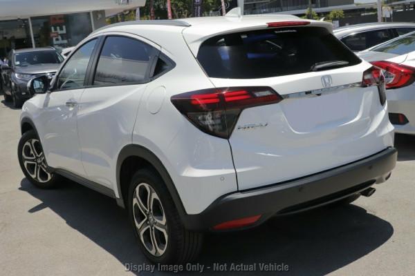 2020 Honda HR-V VTi-LX Hatchback Image 2