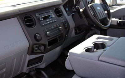 F-Truck 250 XL Interior Features