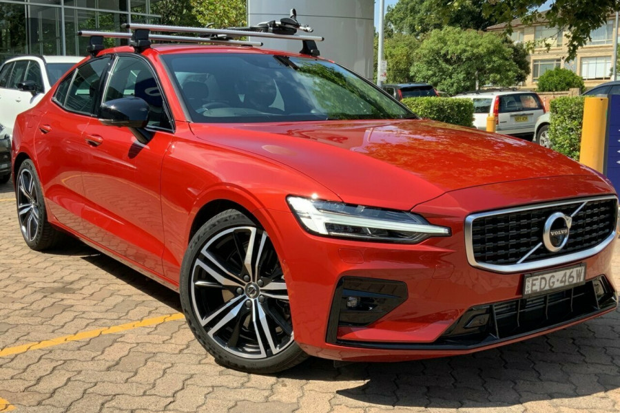 2019 MY20 Volvo S60 Z Series T5 R-Design Sedan Mobile Image 1