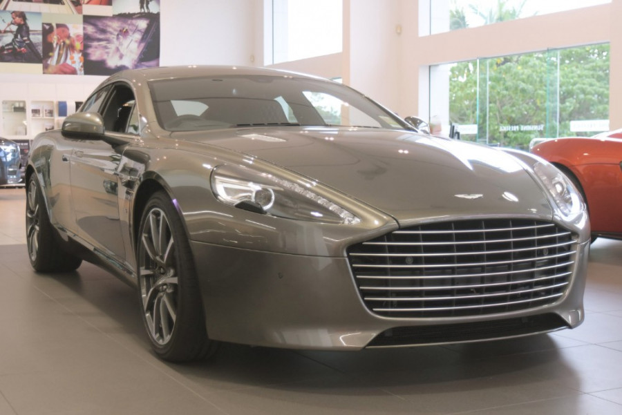 2018 MY19 Aston martin Rapide Coupe Image 1