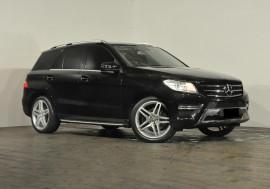 Mercedes-Benz Ml 250cdi Bluetec (4x4) Mercedes-Benz Ml 250cdi Bluetec (4x4) Auto