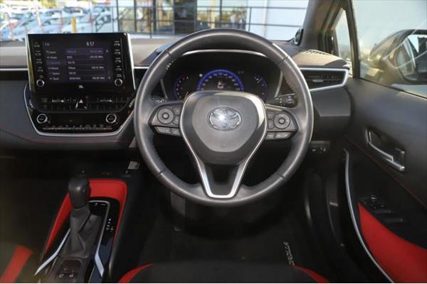 2019 Toyota Corolla MZEA12R ZR Hatchback Image 5