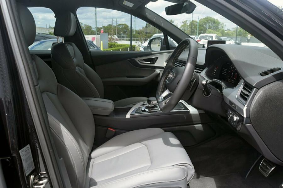 2016 MY17 Audi Sq7 4M MY17 TDI Suv Mobile Image 13