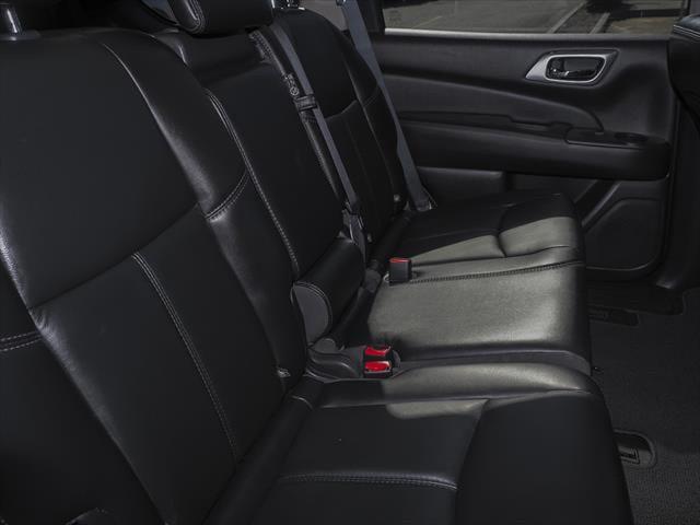 2017 Nissan Pathfinder R52 Series II MY17 ST-L Suv Image 6