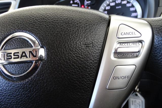 2014 Nissan Pulsar Hatch ST 24 of 29
