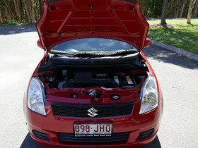 2006 Suzuki Swift RS Hatchback Hatchback