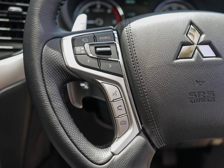 2019 Mitsubishi Triton MR GLS Premium Double Cab Pick Up 4WD Cab chassis