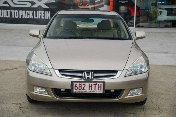 2004 Honda Accord 7th Gen V6 Sedan Image 2