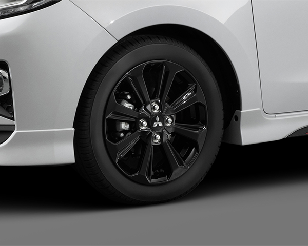 "15"" Black alloy wheel (1 off)"