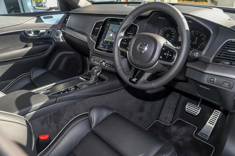 2019 Volvo XC90 L Series D5 R-Design Suv Mobile Image 7