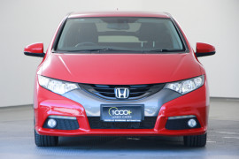 2013 Honda Civic 9th Gen MY13 VTi-LN Hatch Image 2