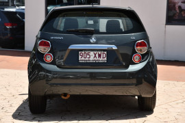 2015 Holden Barina TM MY15 CD Hatch Image 4