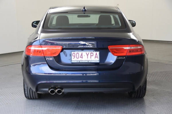 2016 MY17 Jaguar Xe X760 MY17 20d Sedan