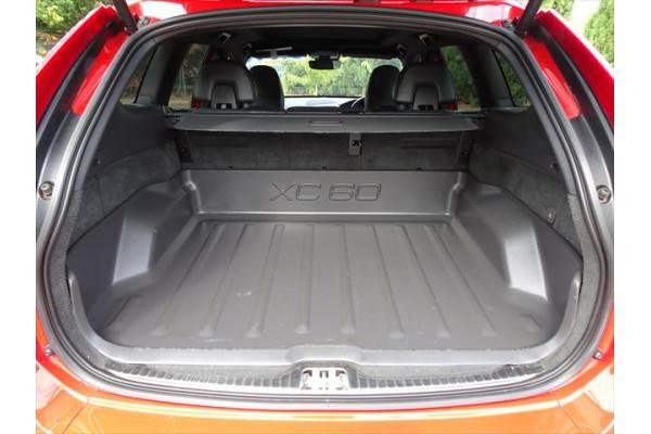 2014 MY15 Volvo XC60 DZ  D5 D5 - R-Design Suv Image 5