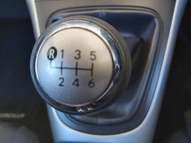 2010 Toyota Corolla ZRE152R  Ascent Hatchback image 9