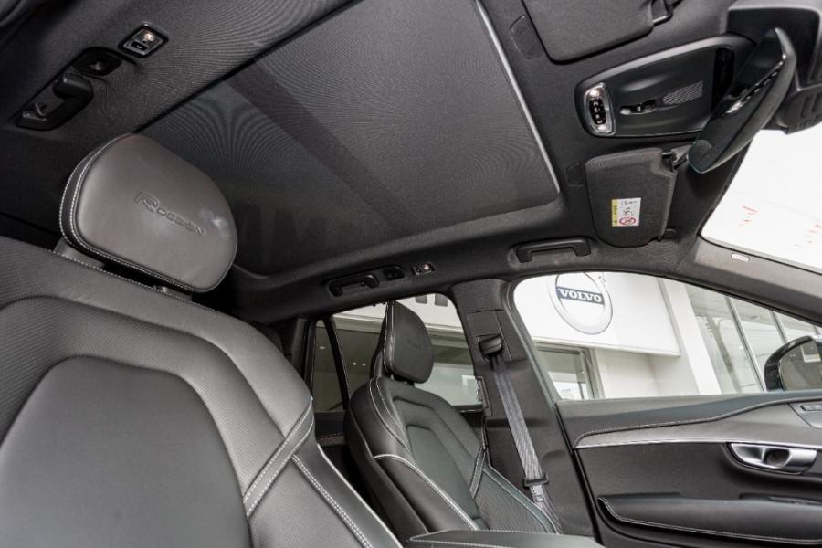 2019 MY20 Volvo XC90 L Series T6 R-Design Suv Image 24