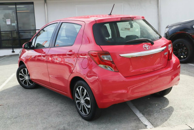 2016 Toyota Yaris NCP130R Ascent Hatchback Image 4
