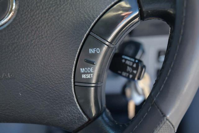 2011 Toyota HiLux KUN26R MY10 SR5 Utility Image 11