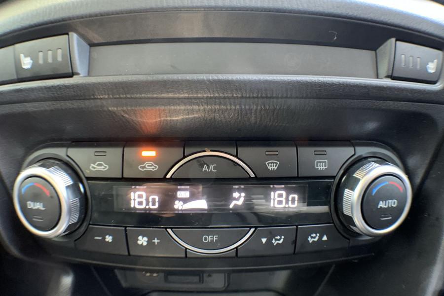 2017 Mazda 3 BN5238 SP25 Sedan