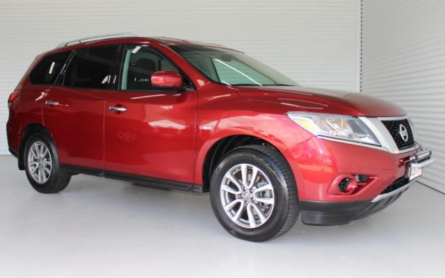 Nissan Pathfinder ST R52 MY14